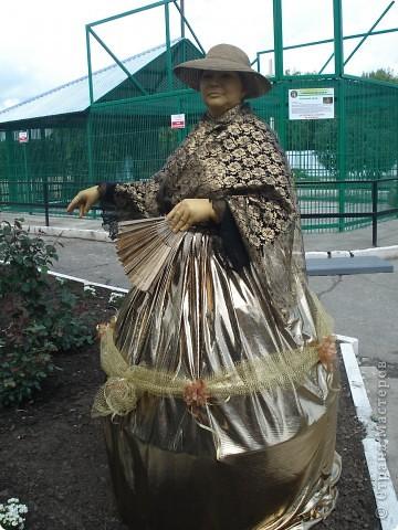 """В прошедший выходной в городском парке """"Лесная сказка"""" проходила демонстрация живых скульптур. Приглашаю и вас, жители страны, прогуляться по нашему парку. Юная гречанка. фото 2"""