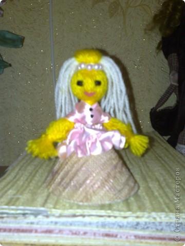 Чудесная куколка из ниток! фото 7