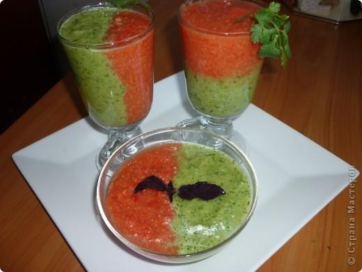 Гаспачо популярен в Испании так же как у нас окрошка.Этот суп очень спасает в жару.И наверно будет интересен тем ,кто следит за фигурой. фото 1