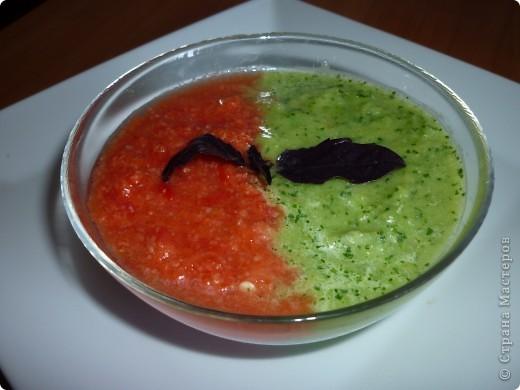 Гаспачо популярен в Испании так же как у нас окрошка.Этот суп очень спасает в жару.И наверно будет интересен тем ,кто следит за фигурой. фото 5
