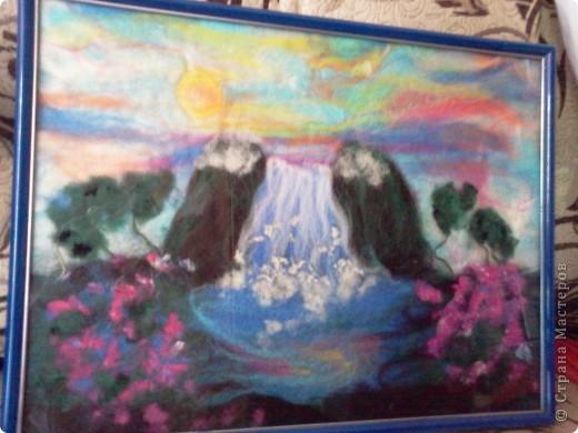 яркий водопад. фото 1