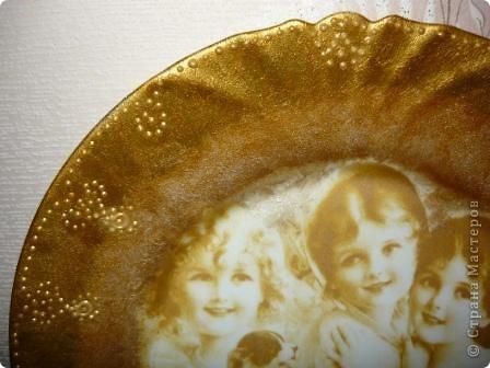 "Очень понравилась салфеточка с птицами. Рисунок обвела контуром. По краям краска ""Металлик"":золото и бронза. фото 10"