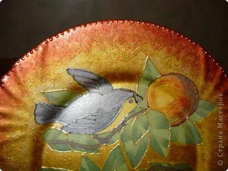 "Очень понравилась салфеточка с птицами. Рисунок обвела контуром. По краям краска ""Металлик"":золото и бронза. фото 3"