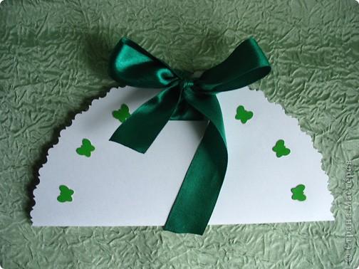 Белый ватман, зеленый картон, ножницы, нож, карандаш - и родился белый лотос фото 2