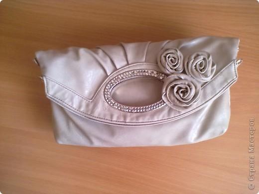 Вот такая у меня есть сумочка. на которую я решила сделать розочку. фото 5
