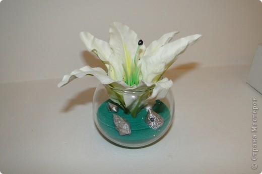 Вам достаточно просто вазу любой формы, искусственный цветок, и песок цветной, а дальше как фантазия будет работать))) фото 1