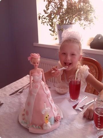 """Торт """"Кукла Барби"""" фото 2"""