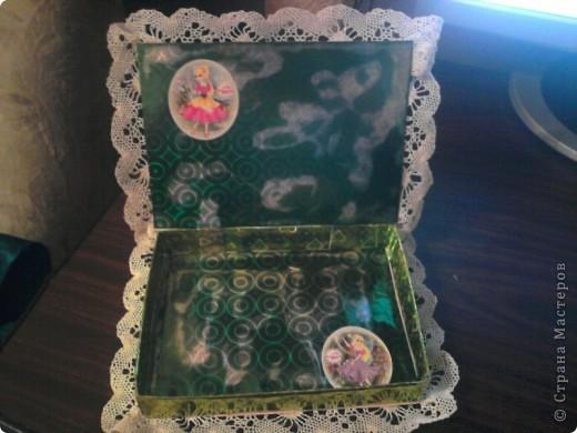 """На день рождения племянницы, сдела по МК мастериц """"Страны мастеров"""" подарок шкатулку, для разных девичьих безделушек. Получилось для Лилии -  шкатулка с лилиями. Огромное спасибо мастерицам, которые создают такие понятные МК. фото 2"""