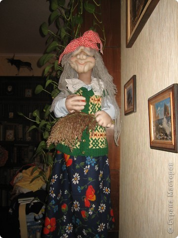 Бабушка -Яга не стара, но и не молода фото 5