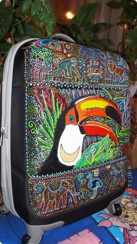 """Роспись чемодана """"Африка"""" акрилом и контурами фото 18"""
