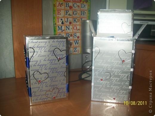 вот так задекорировала коробочки - нужно было две одинаковых и разных одновременно коробочки фото 1