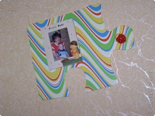 как за считанные минуты украсить детскую комнату из подручного материала. для этого нужна потолочная плитка, аракал и немного фантазии. фото 3