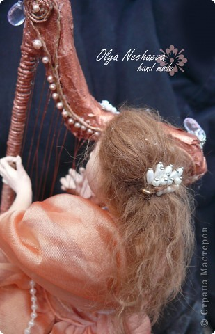 """Меня спрашивали как-то, как клеить волосы кукле?  Методом проб и ошибок я всё же добилась более-менее """"реальных"""" волос, показываю вам.  фото 1"""