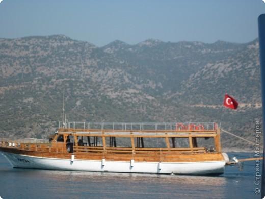 Добрый день жители и гости Страны Мастеров! Предлагаю Вам посмотреть фотографии моего путешествия в Турцию. Приехала 4 дня назад. Ездила с подругой по турпутёвке на 12 дней. Сказать, что очень понравилось, значит ничего не сказать... Это просто сказка! Посмотрите, какие в Турции красивые места! Многие фото сделаны из окна автобуса, так что, извините за качество фотографий. фото 21