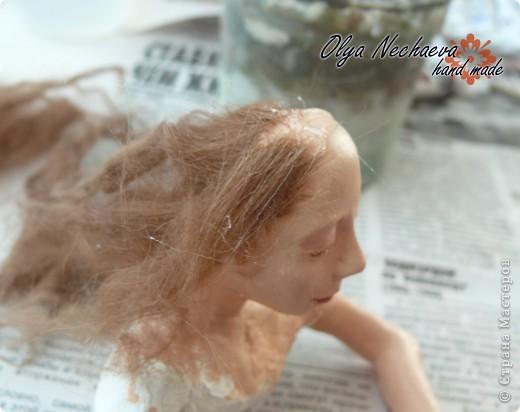 """Меня спрашивали как-то, как клеить волосы кукле?  Методом проб и ошибок я всё же добилась более-менее """"реальных"""" волос, показываю вам.  фото 6"""