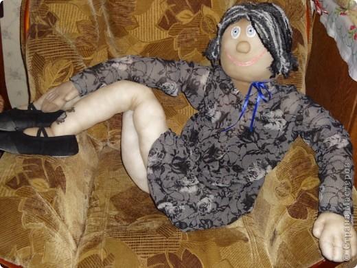 Фрося. Шилась для отработки движений в танцах, но дого мне понравился результат, что она просто сидит в кресле =) жалко танцевать.  фото 6