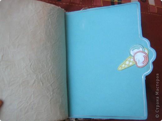"""Давно нужна была книга, куда бы я могла записывать кулинарные рецепты, а так же был нужен """"дневник"""" для записей о мыловарении. Решила собрать все это в один блокнот """"с нуля"""". фото 8"""