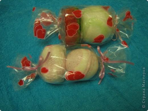 Массажная плитка с маком и ванилькой, бомбочка бейлиз-персик, тортик-мыло апельсин, ваниль, корица фото 3