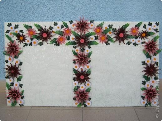 Вот и наступила осень и тот веночек из полевых цветов, который я делала раньше  http://stranamasterov.ru/node/215294  как бы стал не актуален, вот я и сделала  осенний вариант, хочу назвать эти цветы хризантемами. фото 1