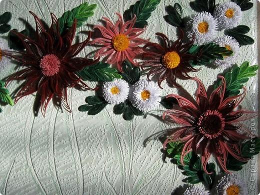 Вот и наступила осень и тот веночек из полевых цветов, который я делала раньше  http://stranamasterov.ru/node/215294  как бы стал не актуален, вот я и сделала  осенний вариант, хочу назвать эти цветы хризантемами. фото 6