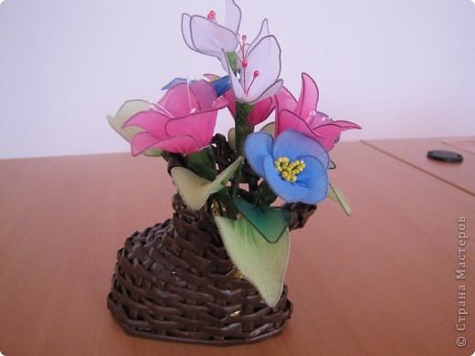 Цветы из капрона. фото 3