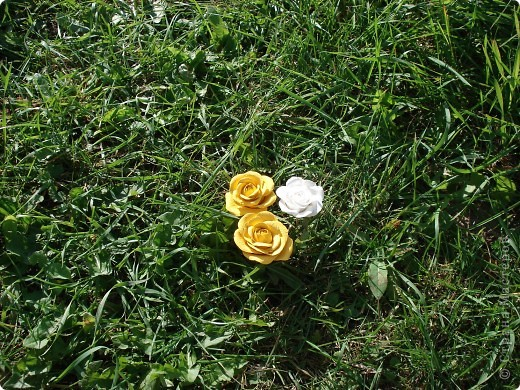 Моя роза в интерьере. Холодный фарфор. Готовая масса. Лепила первый раз. фото 3