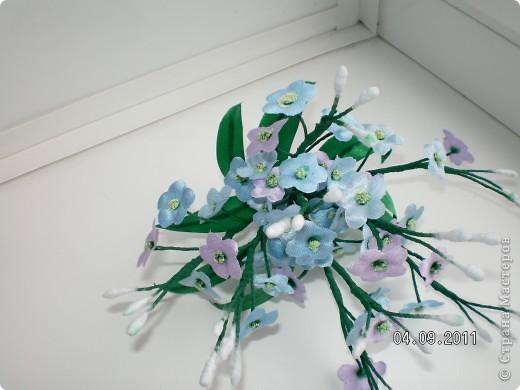 Доброго времени суток, мои дорогие. Очень захотелось показать Вам работы моей дорогой и любимой мамочки. Эти цветы все сделаны из ткани.  Ветка розы фото 6