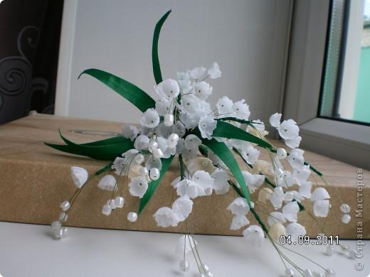Доброго времени суток, мои дорогие. Очень захотелось показать Вам работы моей дорогой и любимой мамочки. Эти цветы все сделаны из ткани.  Ветка розы фото 7