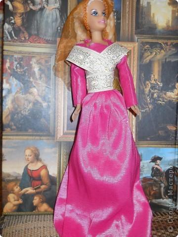 Выкладываю обещанную историческую коллекцию.  Агнесс Дюрер, урожд. Фрей (годы жизни неизвестны), жена немецкого художника Альбрехта Дюрера (1471-1528). фото 1