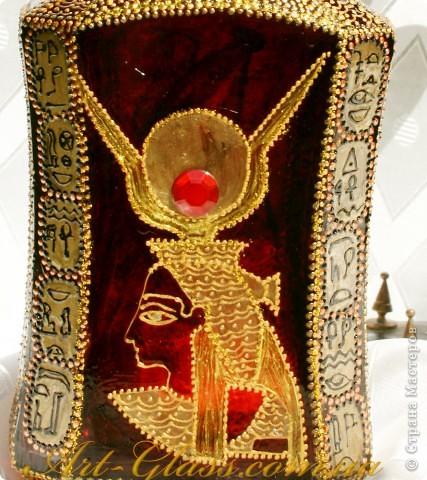Бутылка делалась на заказ для девушки, которая очень любит египетскую культуру. фото 3