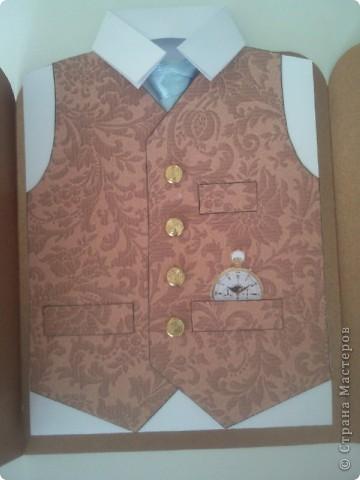 Вот такая открытка получилась для папы коллеги по работе) ....золото )))))) Расстегиваем пиджак....   фото 2