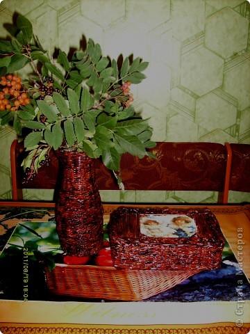 захотелось мне безумно вазу плетеную и именно чтобы поставить рябиновые веточки :) , желание исполнилось :)  фото 3