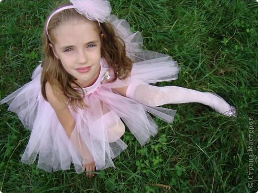 Вот и у моей принцессы есть юбка-пачка и обруч в копмлект к ней.  Хорошо, что был хороший повод - сестра моего мужа выходила замуж. фото 3