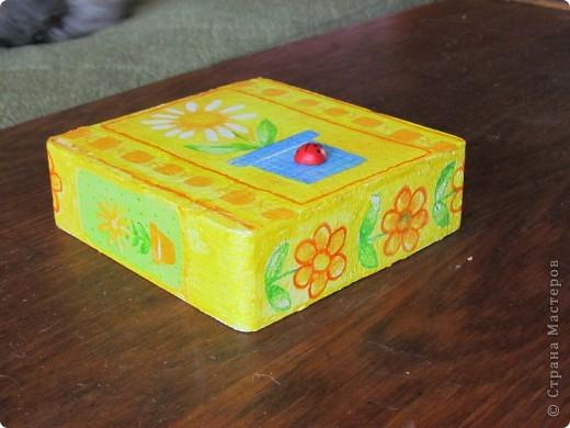 была у меня коробочка из пенопласта, которая составляла упаковку для фонарика... фото 1