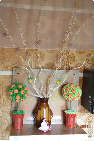 Фу что то меня заклинило на венках и деревьях. Эти делала для дачи.  фото 8