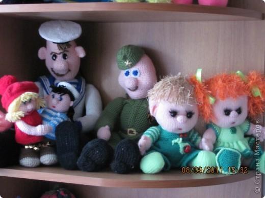Вот и дождались мои игрушки своего домика. Вы думаете наш домик трехэтажный? Нет, в нем шесть этажей и заселены они полностью. фото 5