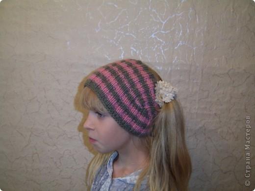 Вяжется шапочка очень быстро и дочери очень понравилась. Научилась такой вязке у Елены  http://stranamasterov.ru/node/108869  Шарфик вязанный из пряжи Angora RAM.  фото 3