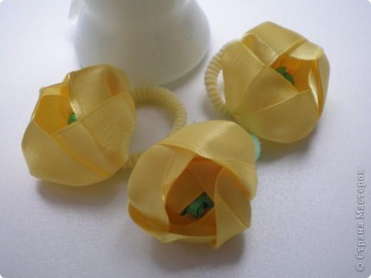 Что задумала, то и получилось. Водяные лилии и кубышки желтые. Канзаши так увлекли, что хочется делать еще, еще. фото 5