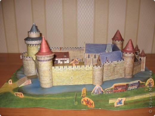 Этот замок сделан из готового набора, купленного в книжном магазине  фото 1