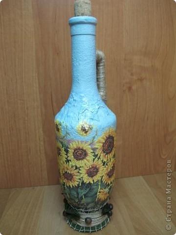 Правда, из такой бутылки с подсолнухами будет приятно наливать подсолнечное масло? Мне кажется, что да))) фото 2