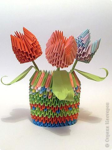 тюльпаны в вазе
