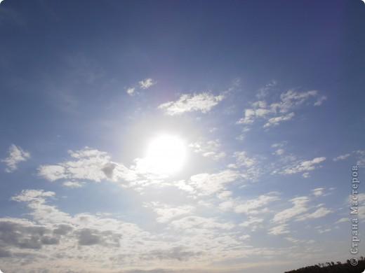 …….. в фоторепортаже представлены фотографии нескольких лет……… ………….. 2008 день солнцестояния первое мое знакомство  с Аркаимом , как с местом Силы………                Место Силы……..места силы находятся в узлах кристаллической решетки Земли……возникают МС в месте геофизических аномалий, подземных трещин, потоков идущих с ускорением или замедлением( водоворотов)……..люди используют их благие энергии для духовного и физического роста…эти места усиливают мыслеформы человека…….это места , где божественное находиться прямо у нас над головой и мы можем войти с ним в контакт без всяких посредников…..скорость движения времени, плотность пространства, изменение качества и количества энергетики в этих местах сильно отличается от  « базового» состояния МИРА……..  фото 109