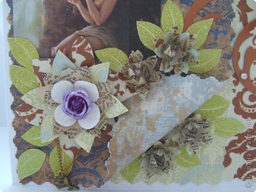 Гуляя в интернете нашла замечательный блог и увидела там набор конкурс в ДК и решила попробовать!!! Знаю, что мои работы не произведения искусства...эх, была не была!!! По условиям надо сделать 2 открытки в стиле шебби и винтаж, в шебби я не сильна и признаться это моя первая работа в этом стиле!!! Итак смотрим. Эта винтажная открытка, все цветочки самодельные  фото 2