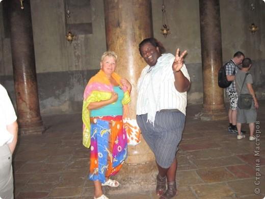 Доброе время суток, дорогие гости и мастерицы! В августе с подругой ездили в Турцию. Была уникальная возможность побывать в святом Иерусалиме, городе Иисуса Христа, царей Давида и Соломона, пророка Мухаммеда. Это одно из древнейших поселений, которому более 3500 лет, и священное место для трех религий - иудаизма, христианства и ислама. У христиан оно ассоциируется с распятием и вознесением Христа. В Иерусалиме сосредоточено огромнейшее количество памятников истории, религии и архитектуры.  фото 18