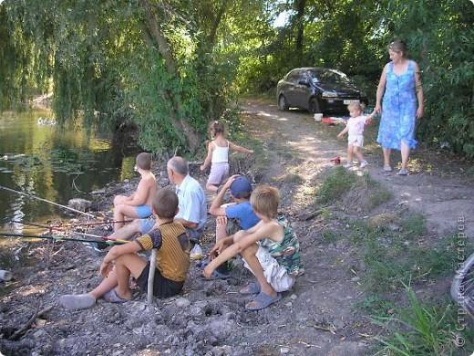 Всем привет! Возможности ездить, этим летом, на отдых в далекие страны у нас не было. Вот мы и решили выехать хоть куда-то, отдохнуть. Это водоем в нашем районе. а это его местные жители. фото 10