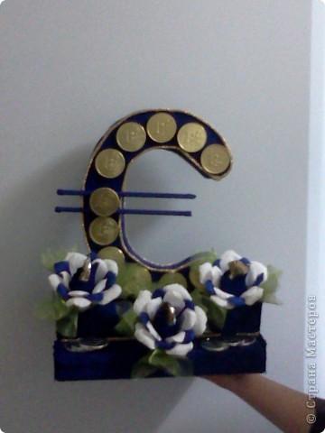 Это евро сделала в подарок брату-дальнобойщику. Он как раз ездит в Европу фото 1