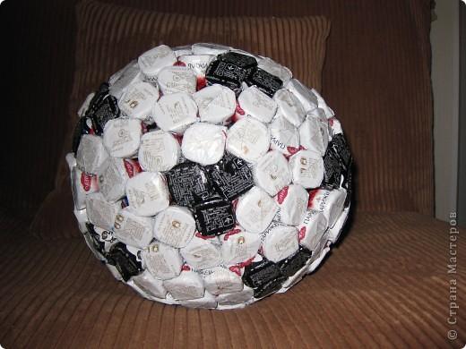 Футбольный мяч для мужа
