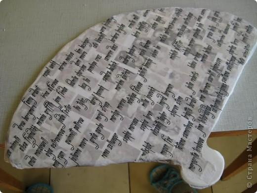 Итак! Представляю Вам свой первый настоящий МК! Эту работу я полностью разработала сама и спешу ею поделиться. Это подарок моей сестре на День Рождения, т.к она собирает вееры. Решила сделать ей практичный веер в коллекцию. фото 11