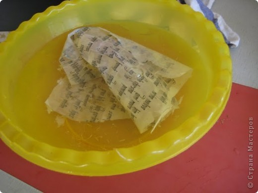 Итак! Представляю Вам свой первый настоящий МК! Эту работу я полностью разработала сама и спешу ею поделиться. Это подарок моей сестре на День Рождения, т.к она собирает вееры. Решила сделать ей практичный веер в коллекцию. фото 8