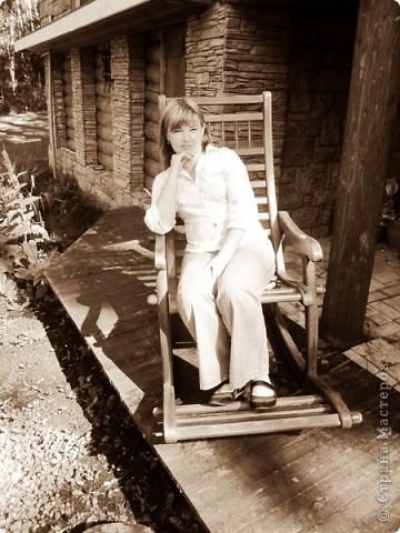 Чудо дачка моей тетушки.Все сделано собственными руками.Дядюшка мастер по дереву,сам изготавливает мебель и прочее. фото 9